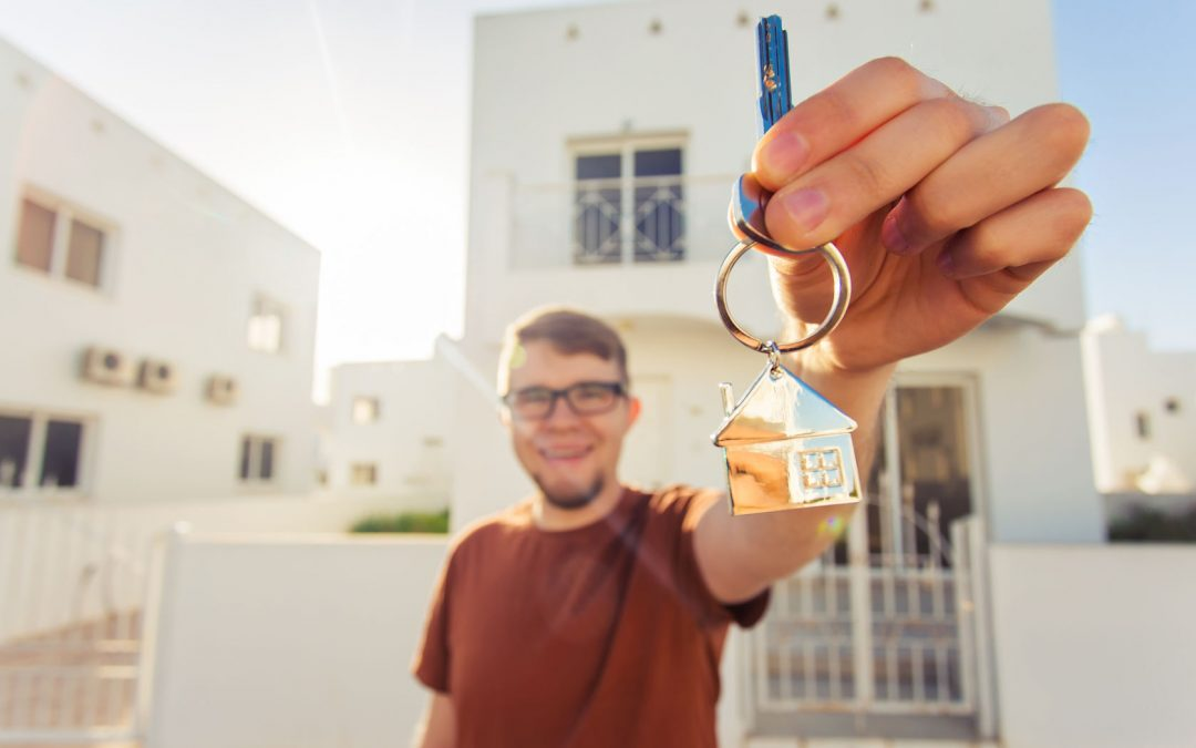 A First-Time Home Buyer's Guide to Closing on a Home